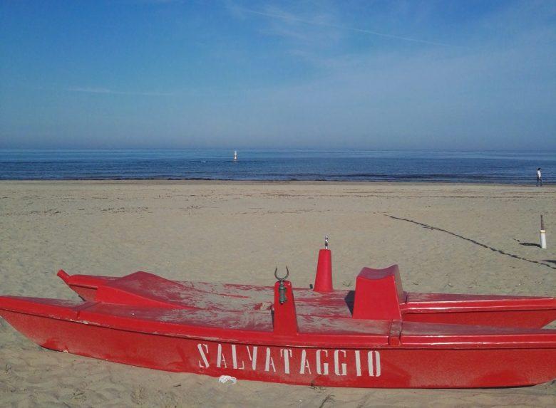 Matrimonio Spiaggia Grottammare : Afa e caldo temperatura fra i gradi nella