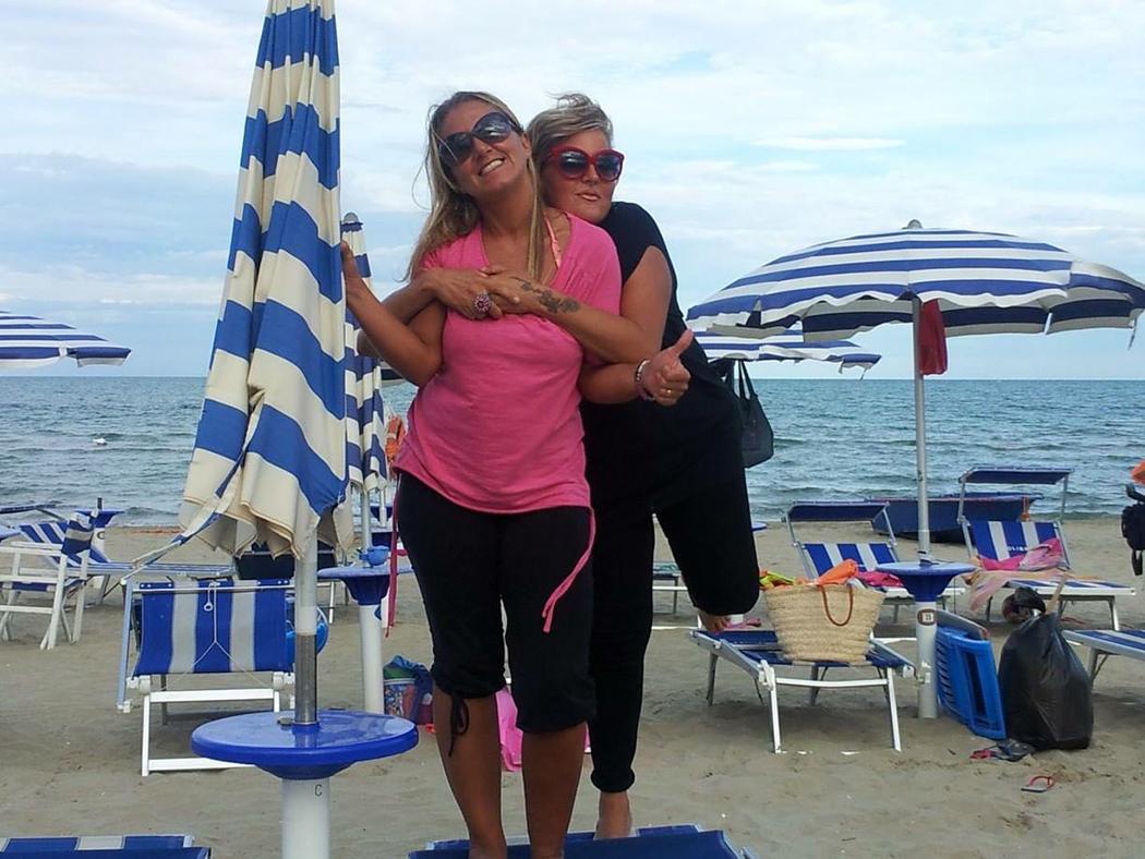 """Amica Compie 40 Anni tanti auguri da alessandra all'amica ilaria: """"primi quarant"""
