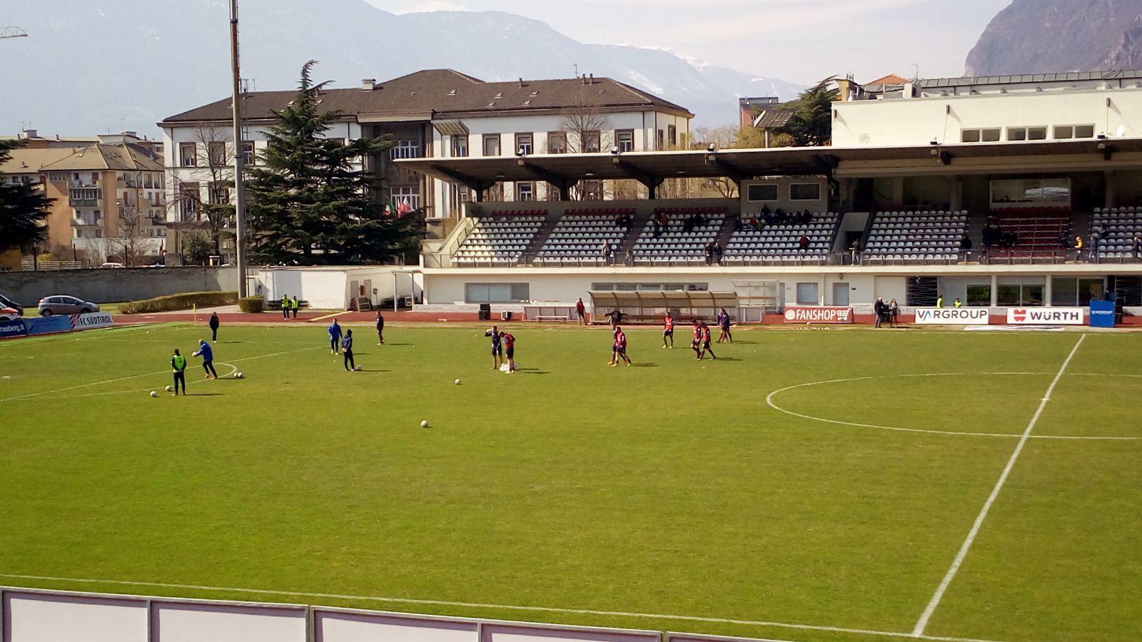 Live sudtirol samb 1 0 primo tempo amaro per i rossoblu for Fazzini cardano al campo