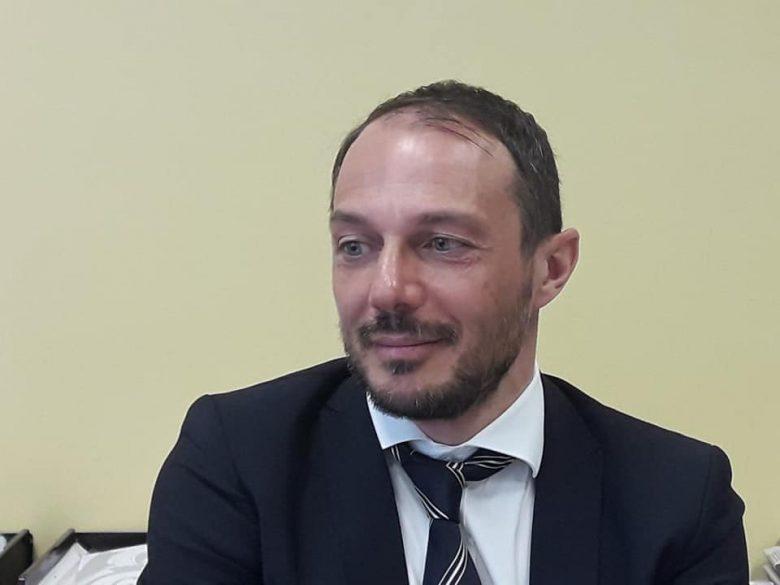 https://www.rivieraoggi.it/wp-content/uploads/2019/03/Banca-di-Ripatransone-Vito-Verdecchia-780x585.jpg