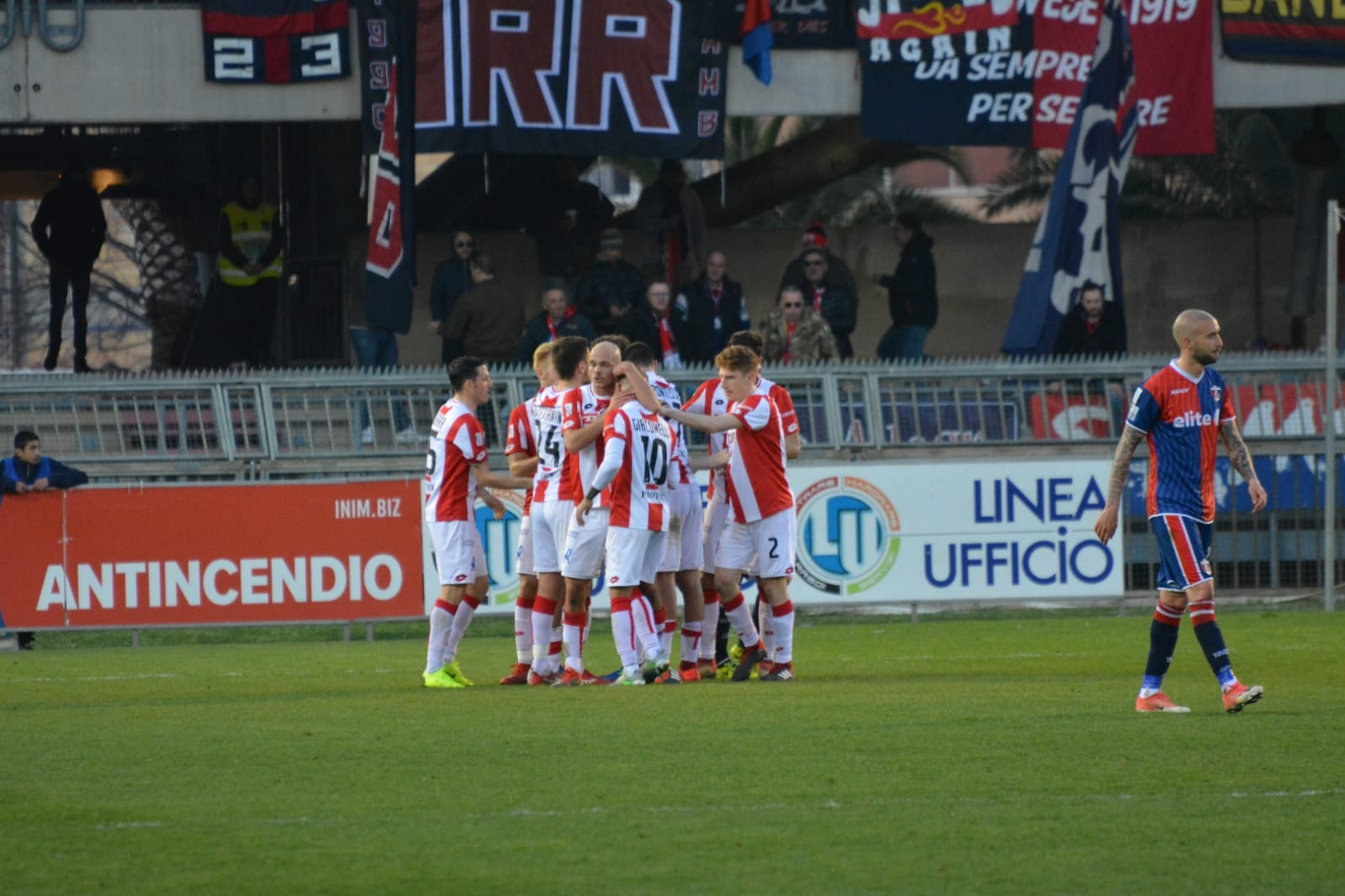 https://www.rivieraoggi.it/wp-content/uploads/2019/03/Terzo-gol-Vicenza.jpg