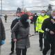 Bertolaso, a destra, assieme a Ceriscioli e alla stampa al Porto di Ancona, 23 marzo 2020