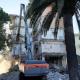 Demolizione hotel Garden, frontale